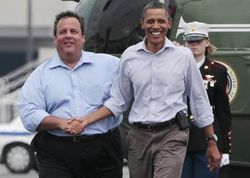Obama_christie_marineone